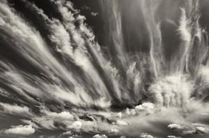 005-1040 - 2014-09-06 -Fields & Clouds D4 16-35mm