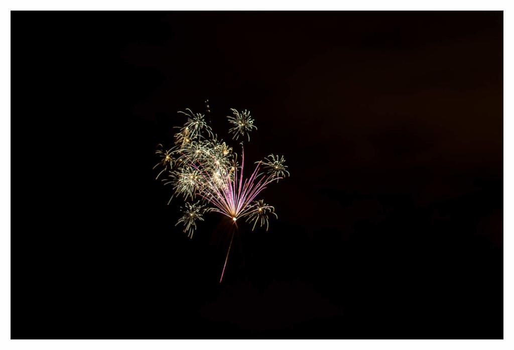 004-1089 - Nikon D810 70-200mm Feuerwerk