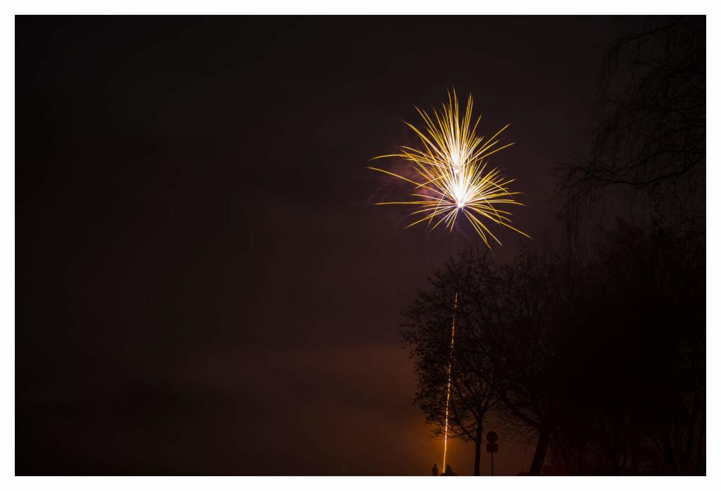007-1089 - Nikon D810 70-200mm Feuerwerk